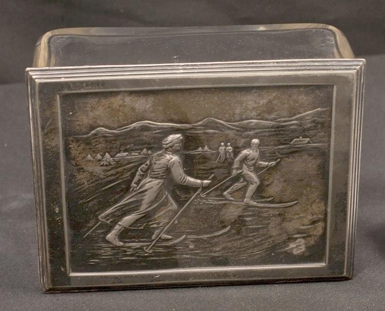 Silver Box with skiers